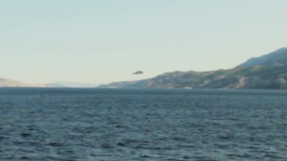 Low-Flying UFO Filmed Over The Adriatic Sea Disappears Into Thin Air